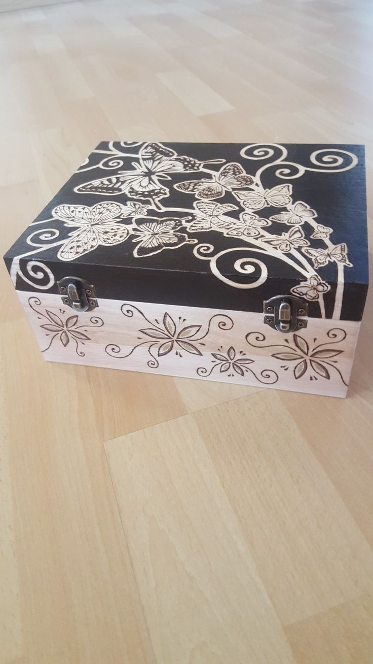 Woodbox with butterflies