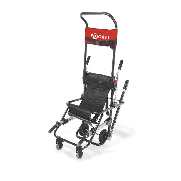 X 70 rappresenta il vertice Excape.  Oltre alle caratteristiche già presenti nel modello X 50, questa sedia da evacuazione è equipaggiata con un sistema di maniglie unico: le maniglie anteriori telescopiche permettono di regolare la presa in profondità, garantendo sempre il miglior angolo di salita e trasporto, mentre le maniglie posteriori sono totalmente ripiegabili, per consentire, in caso di inutilizzo delle stesse, una riduzione degli spazi d'ingombro.  X 70 è il dispositivo più…