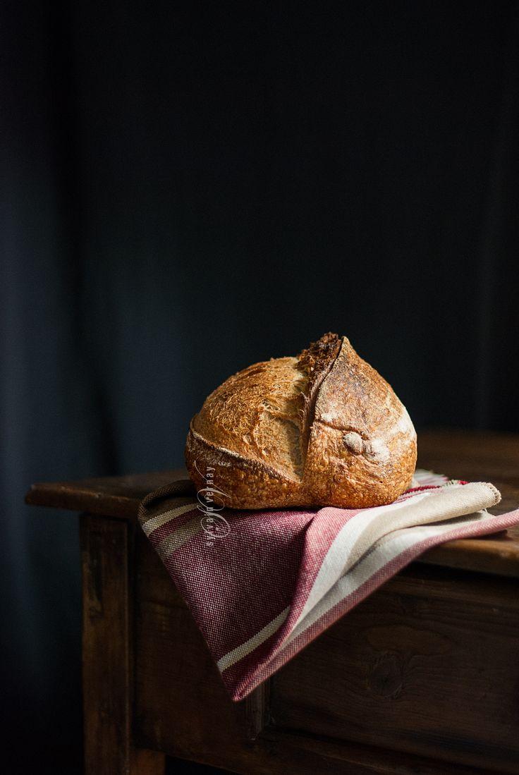 Homemade sourdough bread. By Sylvain Vernay