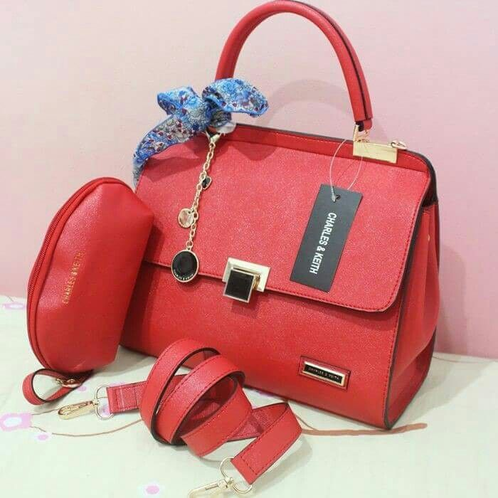 Charles and Keith Helena set dompet Rp 195.000,-  fast respon : bbm. 56BC8F19 || line. rumah hijab (pakek @)