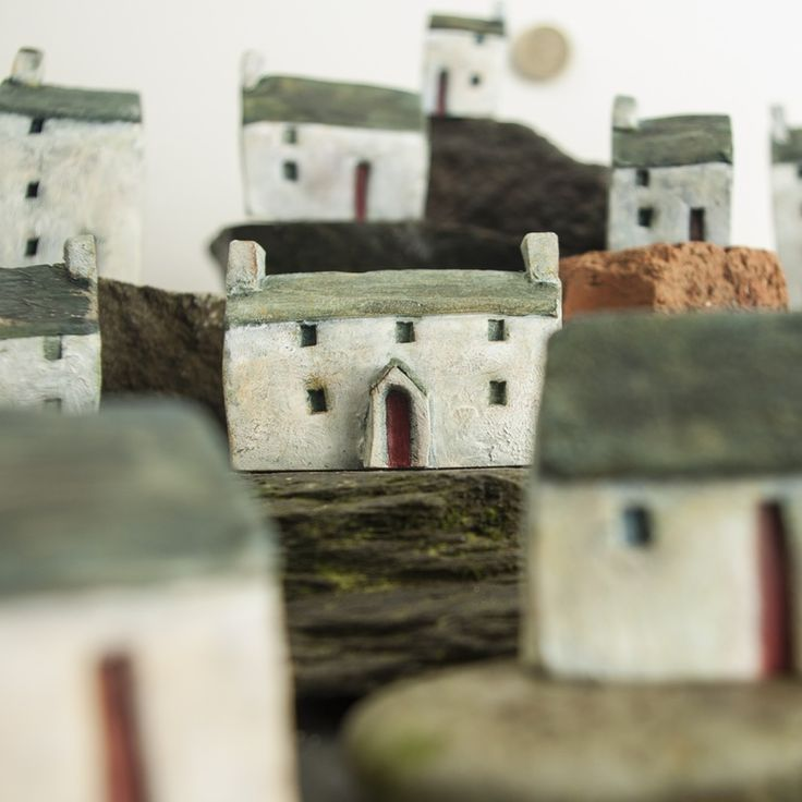 http://www.clayrichard.co.uk/gallery.html