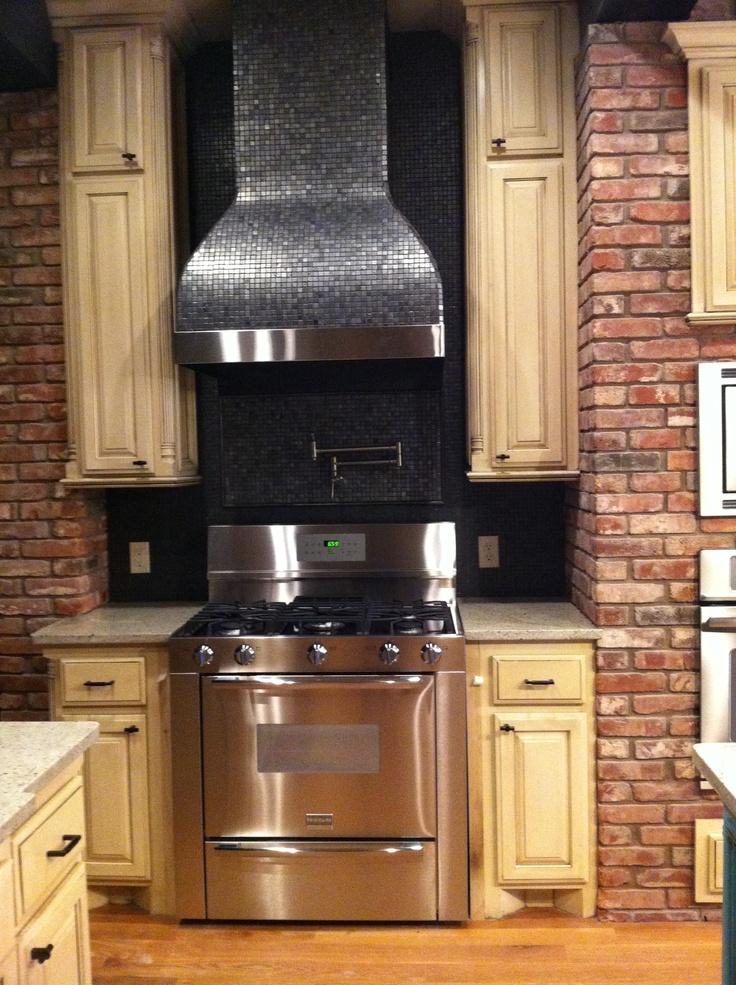 Luxury Travertine Subway Tile Kitchen Backsplash