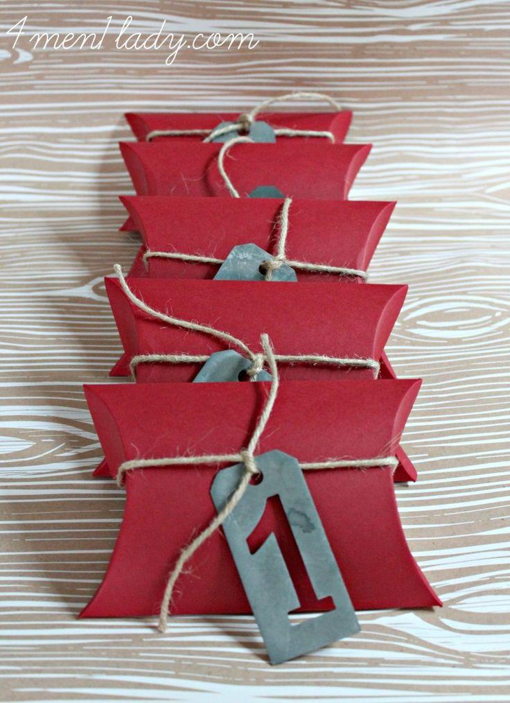 les 84 meilleures images propos de paquets cadeaux sur pinterest bo tes cadeaux papier. Black Bedroom Furniture Sets. Home Design Ideas