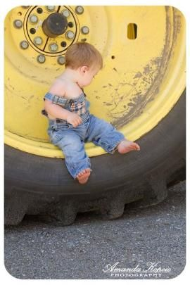 @Amber Hester You should do this for Sam's 1 year pictures on HIS tractor!!