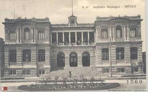 Instituto Geológico hacia 1912. Este edificio fue inaugurado el primero de julio de 1904, como sede del Instituto Geológico Nacional. Actualmente funciona como un Museo de Geología en la colonia Santa María la Ribera. #AGNMex