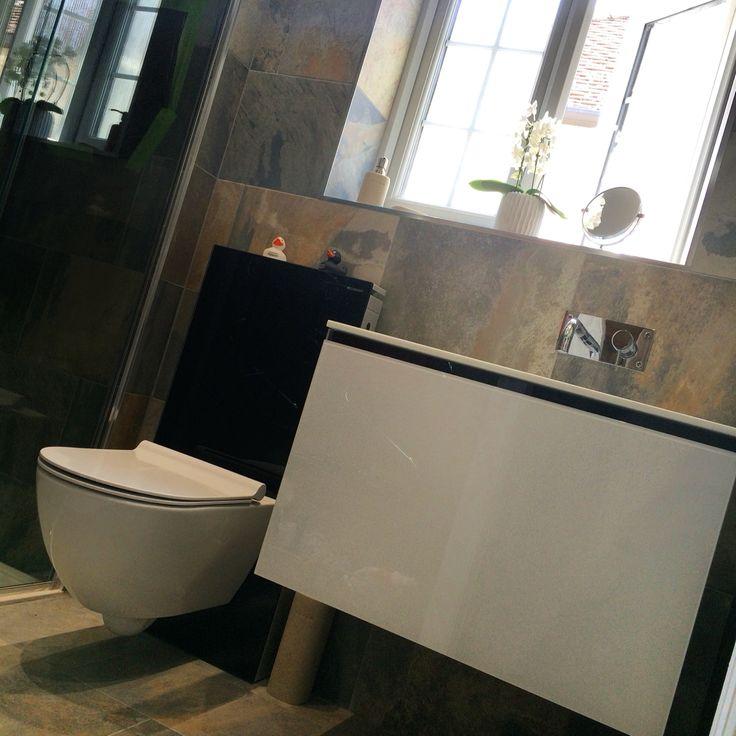 Artelinea Domino 75 Basin And Geberit Monolith With Catalano Giro WC  Installed By AQUANERO Bathroom Design · Badezimmer