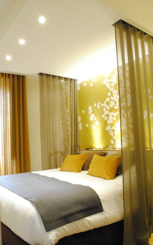 Chambre h tel papier peint elitis rideaux r novation - Hotel lyon chambre 4 personnes ...