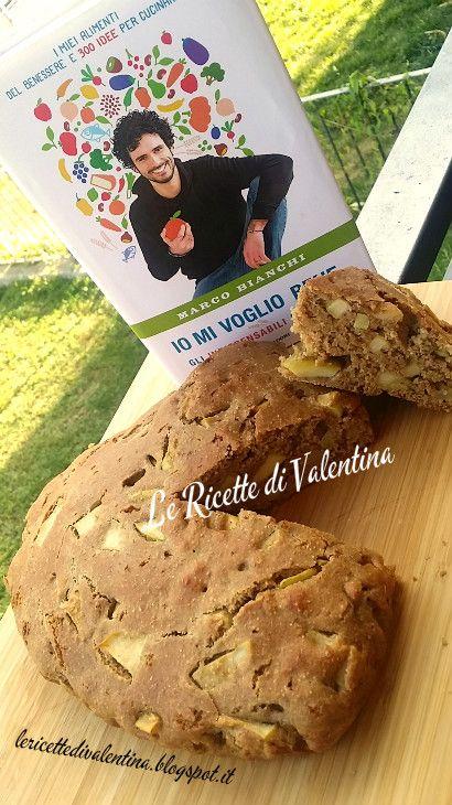 """Le Ricette di Valentina: MANGIA CIO' CHE LEGGI # 45: Torta di mele Nonna Paulina da """"IO MI VOGLIO BENE gli indispensabili in cucina"""" di Marco BIanchi"""