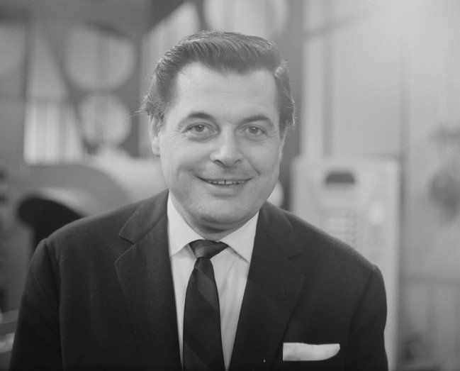 Gerhard Wendland (September 1, 1921 - June 21, 1996) German singer.