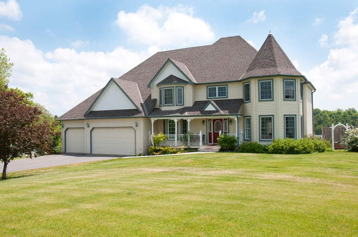4570 Fox Ridge Trail MLS#13602514 Marvelous home with a large lot!