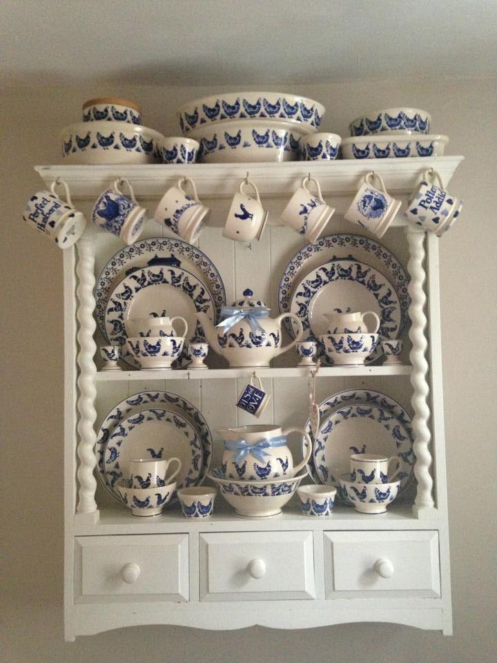 Emma Bridgewater Blue Hen Display......& what a beautiful display it is! Love, love, love!