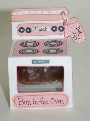 Best Baby Shower Favors Ideas | Absolutely adorable idea - bun in the oven! Includes double scented ...