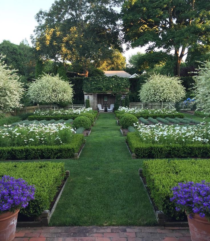 "Ina Garten's garden on Instagram: ""My favorite time of the day. #lheurebleue"""