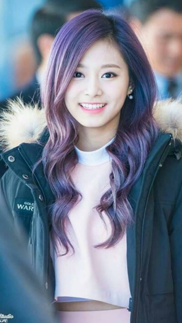 Download Tzuyu Twice Wallpaper By Al3xcr0wn Cc Free On Zedge Now Browse Millions Of Popular Twice Wallpapers And Ring Gaya Rambut Rambut Hijau Kecantikan
