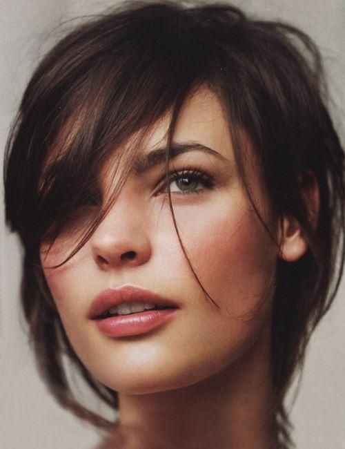 I love this hair style, but I don't know if I'm brave enough to cut it this short.