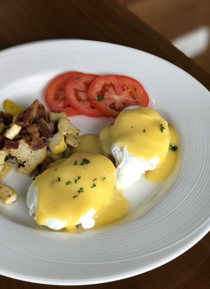 Egg Benedict - another breakfast menu for egg lovers at The Pagoda Bistro & Bar, Maraya Riverside Resort Chiang Mai
