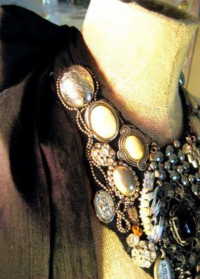 Running With Scissors: DIY Fashion Tutorial Make yourself a fancy necklace(: