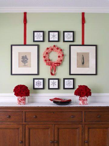 DIY Christmas Artwork Display: Dining Rooms, Dining Room Makeovers, Christmas Decorations, Winter Holidays, Artwork Display, Christmas Artwork, Christmas Ideas, Diy Christmas