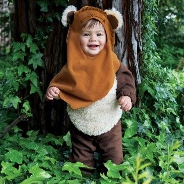 Kid Cosplays Ewok