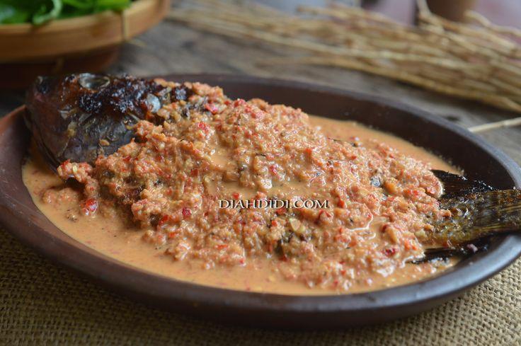 Diah Didi's Kitchen: Cobek Ikan Gurame Khas Sunda