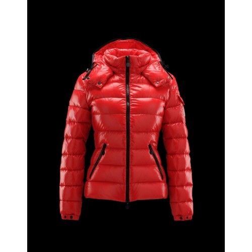Outlet Moncler Bady Detachable Hood Rouge Doudoune Lacquered Nylon Femme 41224540IF Soldes