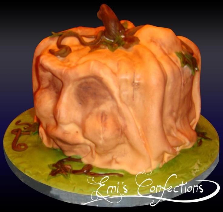133 best halloween cakes images on pinterest halloween cakes zombie cakes and halloween foods - Scary Halloween Stuff