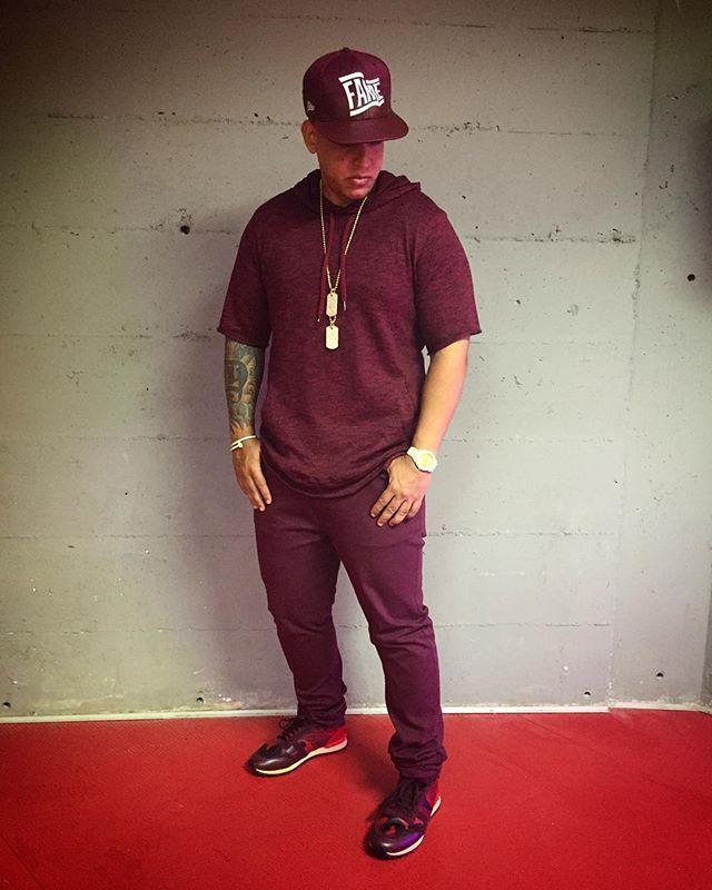 Daddy Yankee @daddyyankee Vino Tinto  #Car...Instagram photo | Websta (Webstagram)