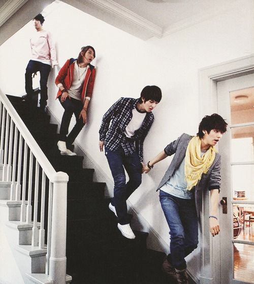 CNBLUE ----> First MV I watched from them, love it~! ♡