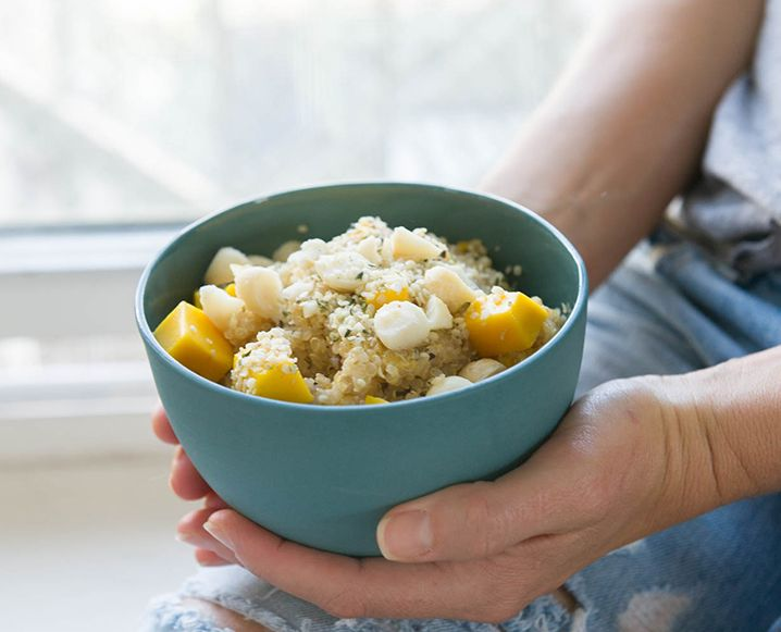 Quinoa for breakfast? Absolutely. We're always on the lookout for quick and healthy breakfast ideas and this sticky quinoa recipe does the trick...