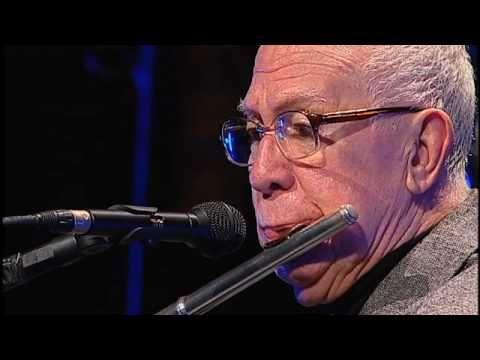 Altamiro Carrilho - Urubu Malandro (Loro) - Instrumental SESC Brasil - 26/05/2010