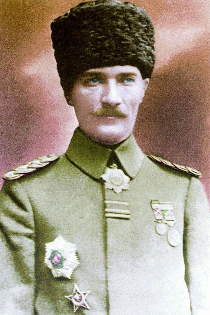 Atatürk Posterleri Resimleri