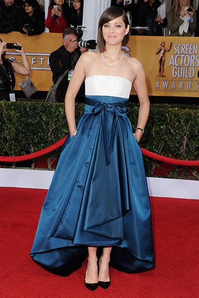 Marion Cotillard at the 2013 SAG Awards - Though controversial with some fashion critics, this two-tone, bow-adorned Dior Haute Couture number, worn with Chopard gems and black pumps, was a runaway hit for some.