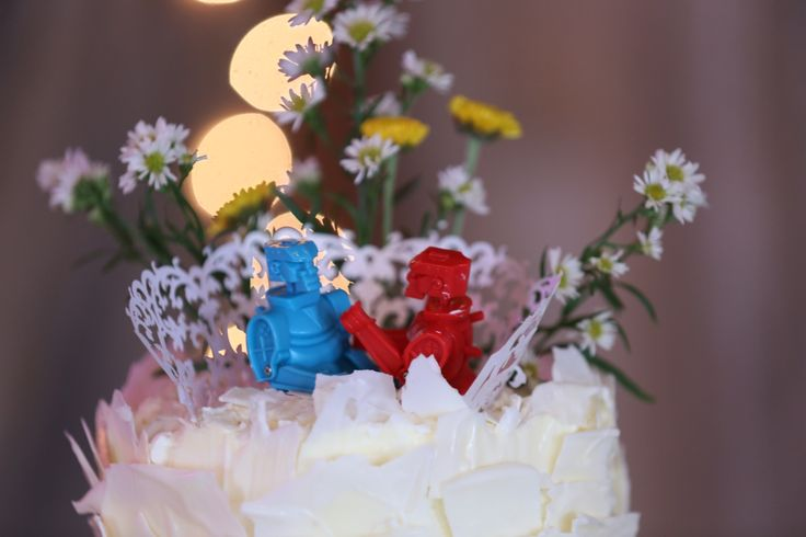 rock em sock robots wedding cake topper rock em sock em robots as a cake topper quot sweet 19250