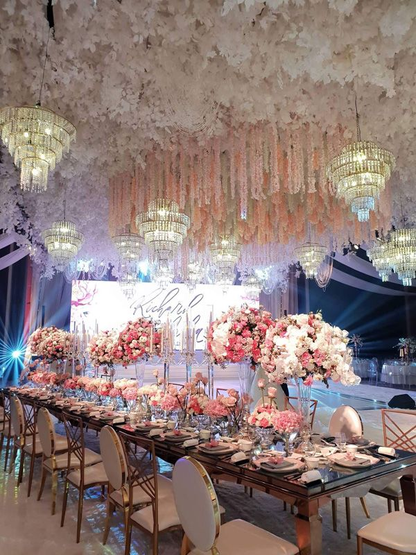 14 Grand Reception Styling Designs That Will Wow You