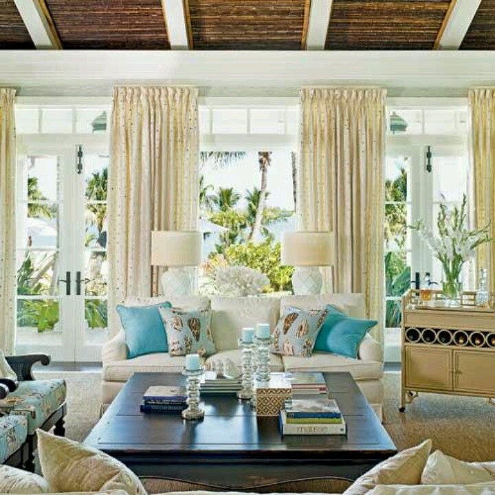 Coastal family room decorating living rooms for Seaside home decor ideas