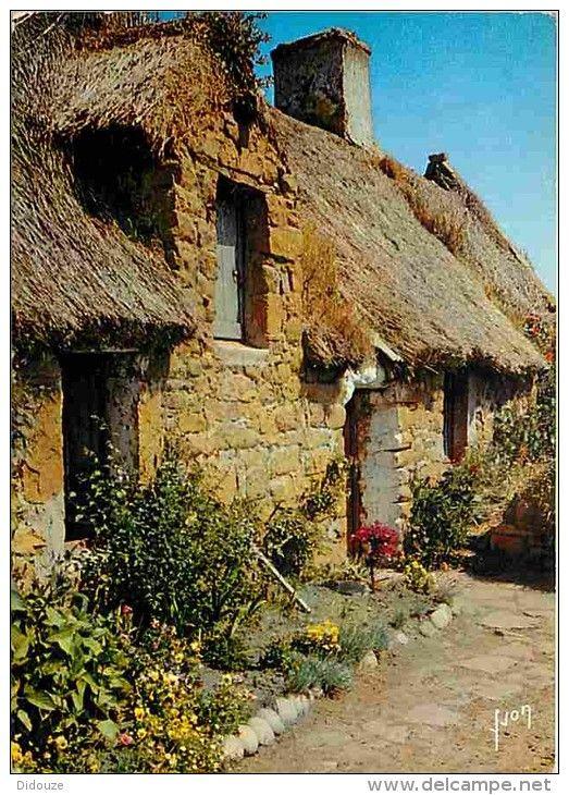 Maison couverte en chaume (gleds) à l'Ile de Bréhat