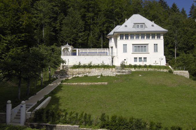 La Villa Jeanneret-Perret (Maison Blanche) La primera obra diseñada en solitario por el arquitecto Le Corbusier