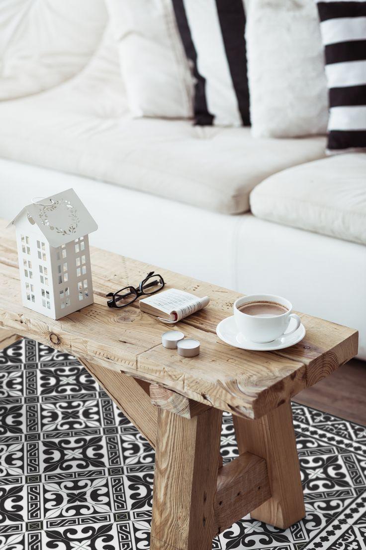 Flor De Lis mat by Beija Flor vinyl mats at black & white. Simply beautiful. #BeijaFlor #VinylMats #Tiles #vinylFloorMats #vinylCarpets #BeautifulCarpets #AreaRugs, #GeometricDesigns, #BeautifyTheHome #PVCmats