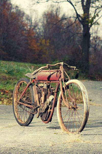 Classic Indian board tracker. No throttle, ran 100+mph, no brakes, only a kill switch. Terrifying!