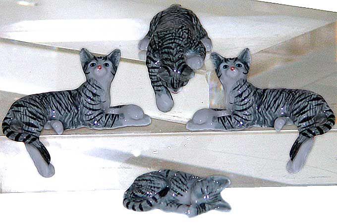 KLIMA - | Grossiste importateur de Miniatures en porcelaine faites à la main.