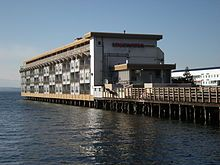 The Edgewater - Wikipedia, the free encyclopedia