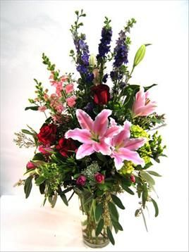 Something spectacular to impress a very special person, this large vase of colorful and sweetly scented flowers will be remembered for a very long time!