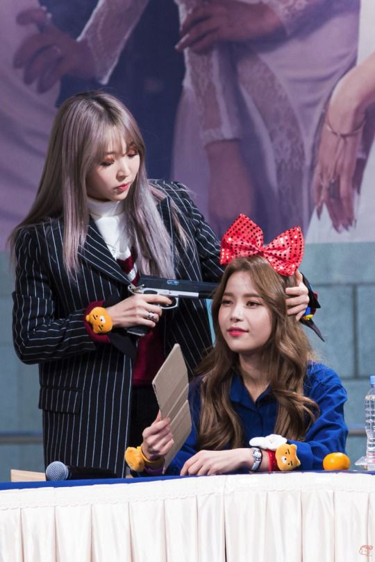 Moonsun when death comes for you but she's hot