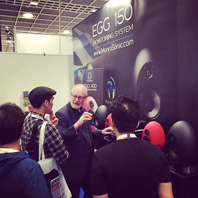 Our chief designer Andy Munro, explaining the science behind the Eggs at Musikmesse.  #EggDesign  #EGG150  #Musikmesse2015