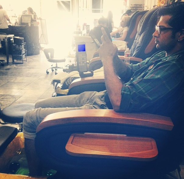 i'd sit beside you <3 Utkarsh Ambudkar from Pitch Perfect,