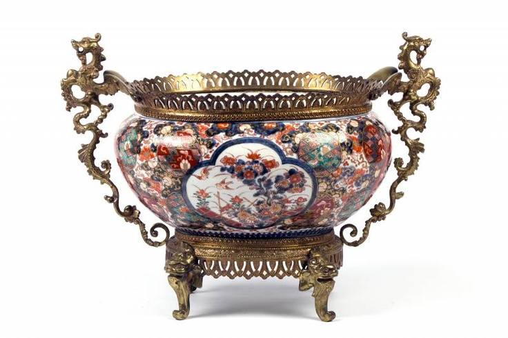 A Imari Oval Pot with Bronze Frames.  18th c.