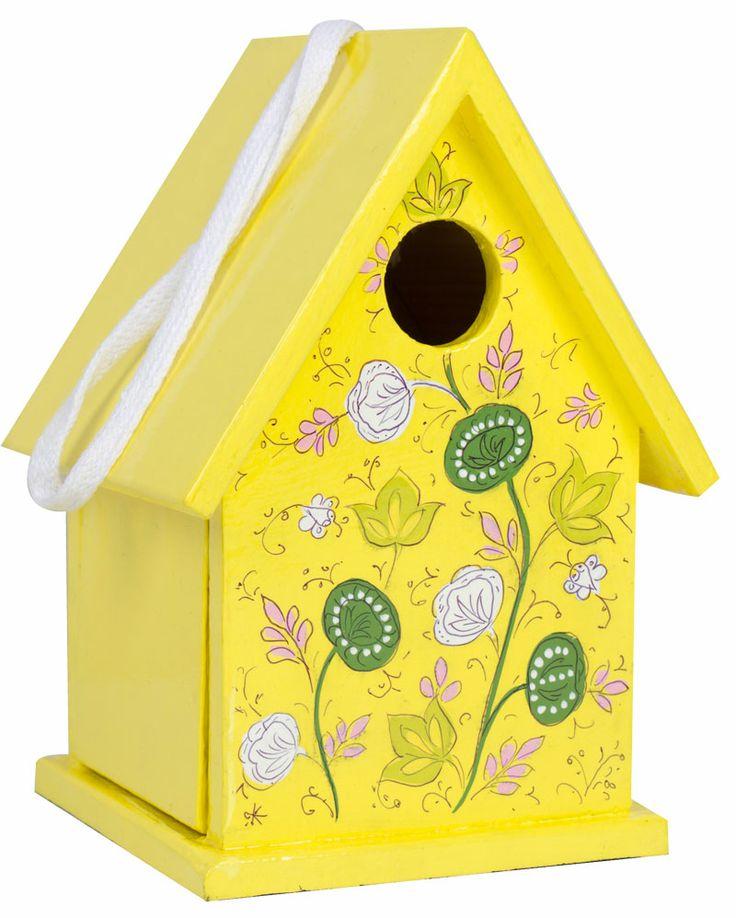 Fågelholk handmålad i trä från IM fair Trade. (H:22 B:15 D:14 cm) 299 kr. Finns i färgerna; blå och gul.