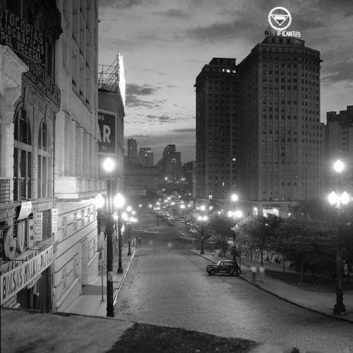1954 - Rua Doutor Falcão em direção ao Vale do Anhangabau.