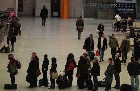 Reguli noi de intrare si sedere pe termen scurt in Romania, de la 1 februarie 2014, pentru cetatenii din state care nu fac parte din Uniunea Europeana/Spatiul Economic European. In materialul de mai