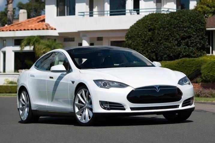 blogmotorzone .Tesla Model S P 8. Para leer más visita: http://blogmotorzone.blogspot.com.es/2017/09/tesla-model-s-p-85-segunda-mano.html